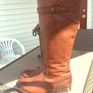 Brown leather FRYE boots, only worn once!
